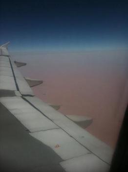 飛行機からの砂漠.JPG